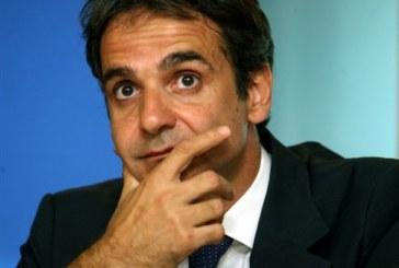Άνω του 20% έχει μειωθεί το μισθολογικό κόστος στο Δημόσιο, τονίζει ο Μητσοτάκης