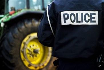 Γάλλοι αγρότες απέκλεισαν την πρόσβαση στο Παρίσι
