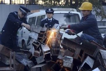 Για την καταπολέμηση της ρύπανσης, το Πεκίνο τα βάζει με τις ψησταριές