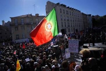 Σε «κλοιό» λιτότητας και το 2014 η Πορτογαλία, ο προϋπολογισμός εγκρίθηκε