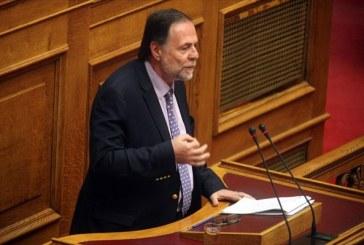 Π. Ρήγας: Πράξη ανευθυνότητας η πρόταση δυσπιστίας