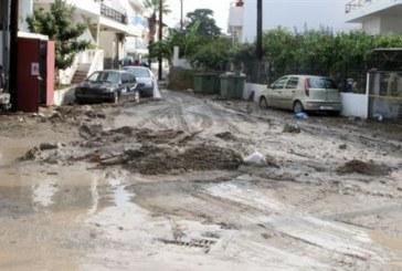 Συνεχίζεται η κακοκαιρία στη Ρόδο, πλημμύρισαν δρόμοι
