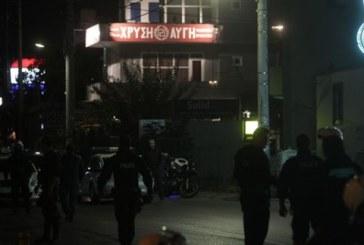 Δολοφονία δύο νεαρών έξω από τα γραφεία της ΧΑ στο Νέο Ηράκλειο