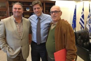 Μύκονος: Με τον υπουργό Ναυτιλίας συναντήθηκαν οι Α. Κουσαθανάς και Θ. Χαριτόπουλος