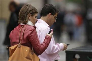 Δισεκατομμύρια στοιχεία για κινητά «συγκεντρώνει καθημερινά» η ΝSA