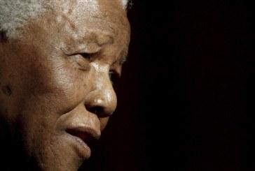 Παγκόσμια συγκίνηση για τον θάνατο του Νέλσον Μαντέλα