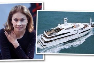 Σίβυλλα alert! Η πριγκίπισσα Ιρα Φον Φίρστενμπεργκ και άλλοι jet setters στην Ανδρο για την έκθεση Βάρη