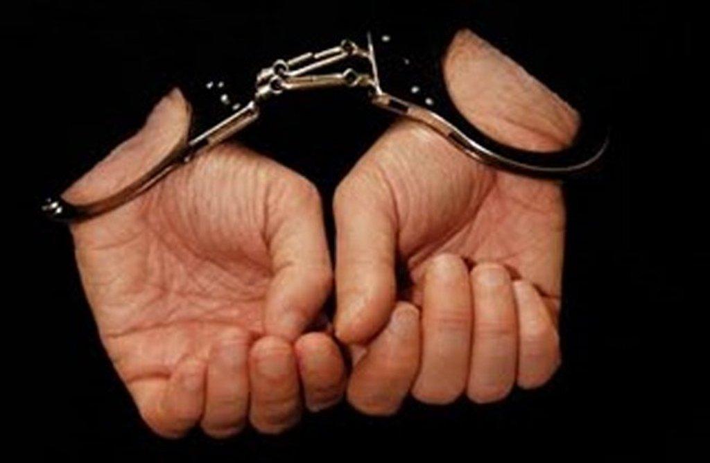 Σύλληψη5