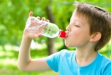 Παγκόσμια Ημέρα Νερού: Η σημασία της σωστής ενυδάτωσης για τα παιδιά