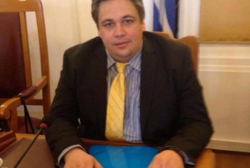 Ανακοίνωση του Επάρχου Άνδρου κ. Δημήτρη Λοτσάρη για το έργο στην παραλία Μπατσίου: «Παιδιά της Ελλάδος Παιδιά!!!»