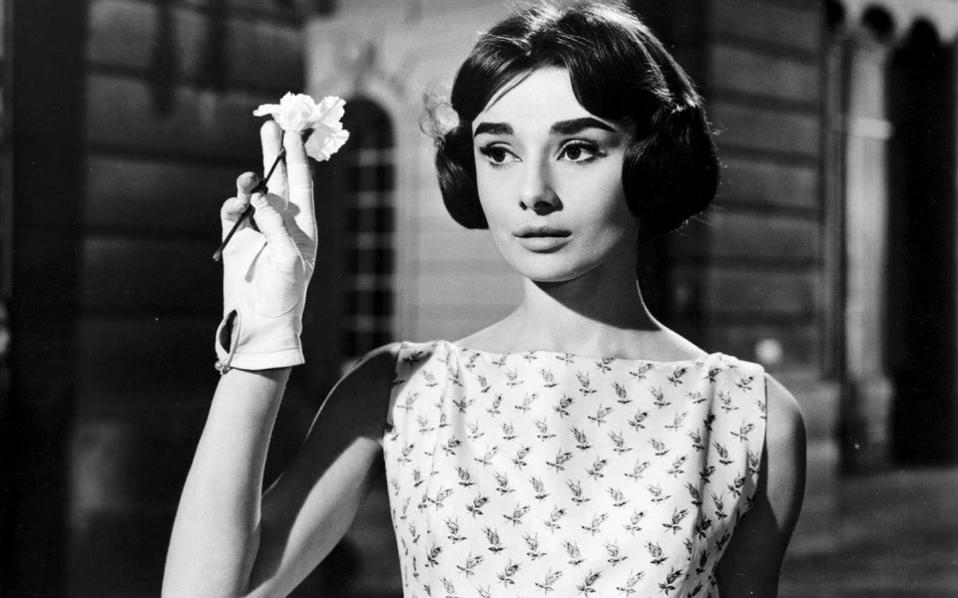 billy-wilder-actrice-audrey-hepburn-role-ariane-love-in-the-afternoon-film-films-412571593-thumb-large