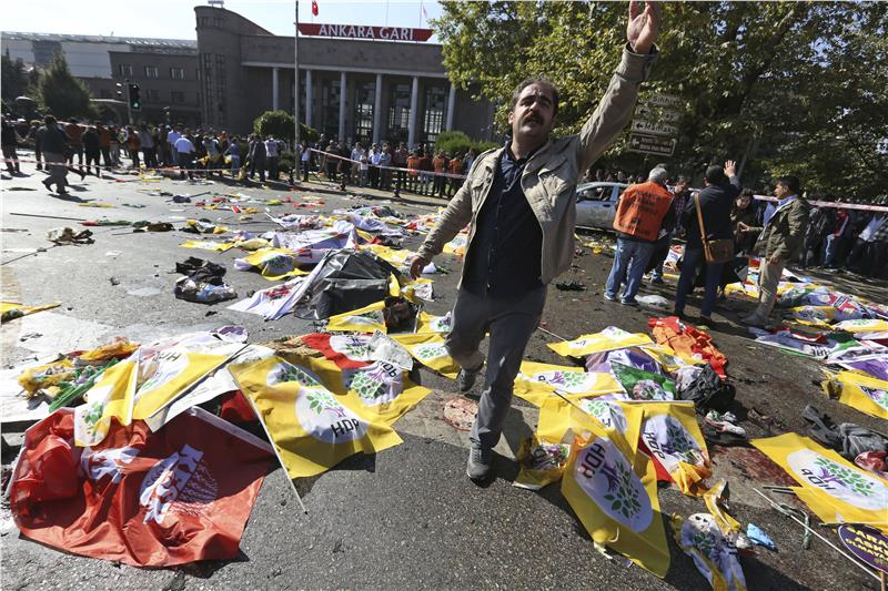 23162772_Turkey_Blast_JPEG_0b34d.limghandler