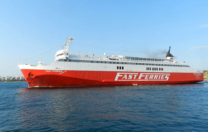 fast_ferries_andros_rafina_augoust
