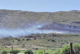 Έσβησε η φωτιά στο Χάρακα – Απαγορευτική η ρίψη βεγγαλικών και φωτοβολίδων σήμερα και αύριο λόγω αέρα