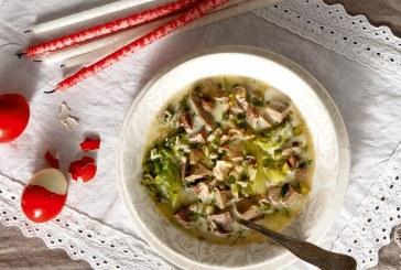 Πασχαλινό τραπέζι: Μαγειρίτσα με άνηθο, αλλά και μαϊντανό