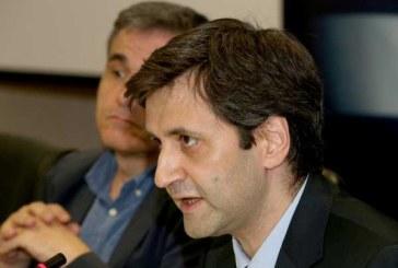 Χουλιαράκης: Δεν θα πάρουμε πίσω την αύξηση του ΦΠΑ στα νησιά