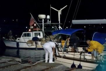 Λιμεναρχείο Άνδρου: Επιθαλάσσια αρωγή σε σκάφος με μηχανική βλάβη