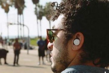 Ένας υπολογιστής στο αυτί μας: Τα νέα «έξυπνα» ακουστικά αλλάζουν τον τρόπο που ακούμε