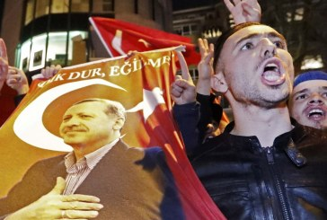 Στις κάλπες για το δημοψήφισμα 1,4 εκατ. Τούρκοι που μένουν στη Γερμανία