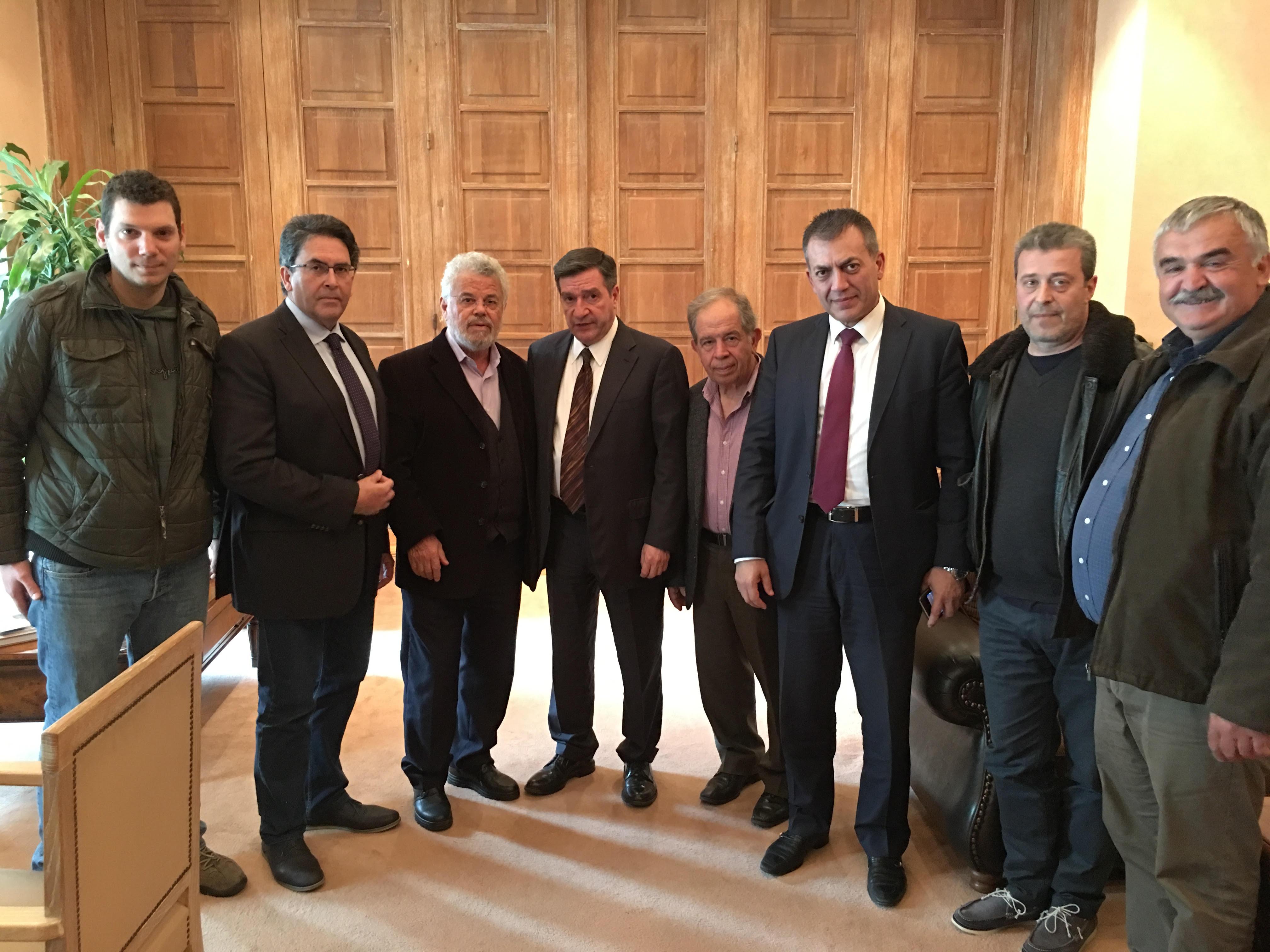Συνάντηση στο Δήμο Αθηναίων