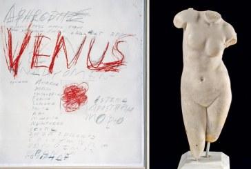 Eργα του Τουόμπλι σε ένα «θεϊκό διάλογο» με αρχαία γλυπτά, στο Μουσείο Κυκλαδικής Τέχνης