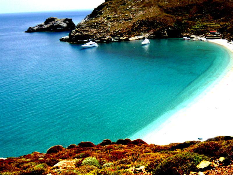 Travelpass.gr: Αυτές είναι οι παραλίες της Άνδρου με την χρυσή άμμο και τα καταγάλανα νερά!!!