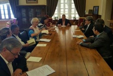 Στην Περιφέρεια Νοτίου Αιγαίου ο Τσέχος πρέσβης στην Ελλάδα και πολυμελής αντιπροσωπία του κοινοβουλίου της Τσεχικής Δημοκρατίας