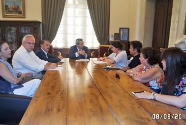 Δικαιότερη, υπέρ των νησιών, κατανομή των εσόδων του ΥΠΠΟ ζήτησε ο Περιφερειάρχης Ν. Αιγαίου από την Υπουργό Πολιτισμού