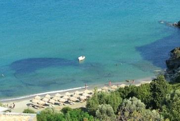 Η Απόφαση Λιμενάρχη Άνδρου για τον ορισμό θέσεων αγκυροβολίας στην παραλία «Πίσω Γυάλια»