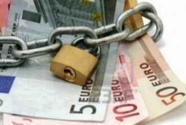 Κίνδυνος για 690.000 φορολογουμένους με «κόκκινες» οφειλές -Τι κατάσχει η εφορία