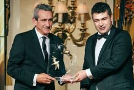 """Βράβευση του Περιφερειάρχη, Γιώργου Χατζημάρκου, στην τελετή των Χρυσών Σκούφων 2019, για την κατάκτηση του τίτλου """"Νότιο Αιγαίο – Γαστρονομική Περιφέρεια της Ευρώπης 2019"""""""