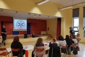 Σεμινάριο πρώτων βοηθειών στον Σύλλογο Γονέων Δημοτικού Σχολείου Γαυρίου Άνδρου από το ΕΚΑΒ