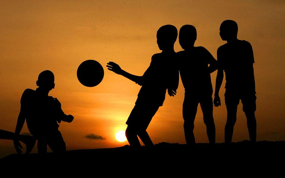 children-sun-thumb-large