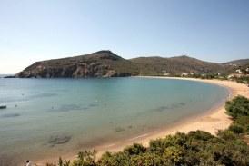 Οι παραλίες της Άνδρου που ξεχωρίζει το lovelovegreece!