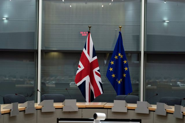 British Union Jack and EU flags are pictured before the meeting with Britain's Brexit Secretary Stephen Barclay and European Union's chief Brexit negotiator Michel Barnier at the EU Commission headquarters in Brussels, Belgium, September 20, 2019.   Kenzo Tribouillard/Pool via REUTERS