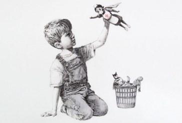 Στο νέο του έργο ο Banksy παρουσιάζει μία νοσοκόμα σαν τον αγαπημένο μας σούπερ ήρωα