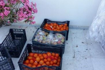 Διανομή τροφίμων από το Δήμο Αμοργού