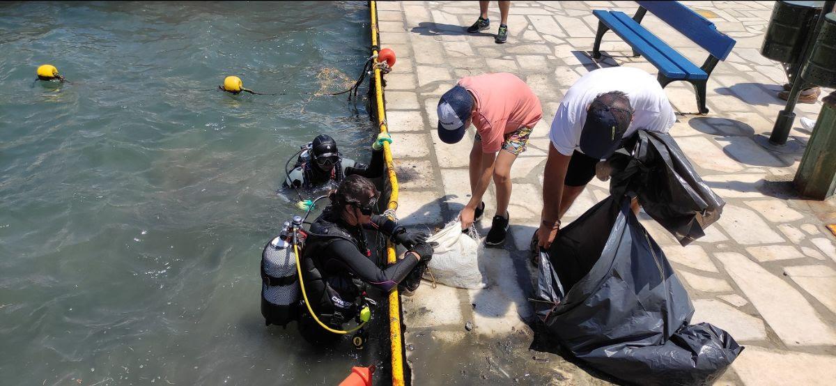 Η Λέσχη Ανδρίων για τον υποβρύχιο καθαρισμό Λιμένος Γαυρίου