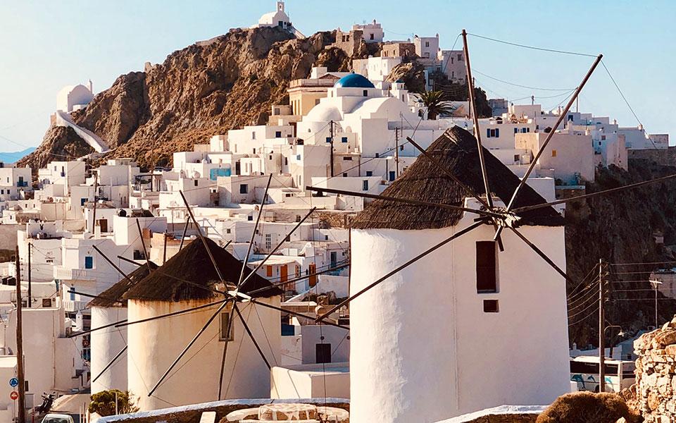 Κέρδισαν το στοίχημα του τουρισμού χάρη στους Έλληνες, η Σέριφος και η Σκύρος