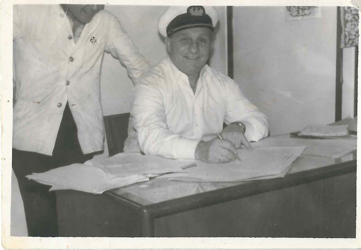 Ιστορικές Βιογραφίες της Λέσχης Ανδρίων – Πλοίαρχος Ιωάννης Δ. Φαλαγγάς (1908-1999)