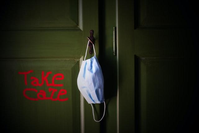 Σφηνάκια: Ανδριώτικα covid παραδείγματα προς αποφυγή