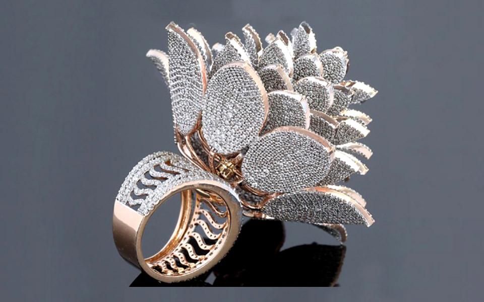 Δακτυλίδι με 12.638 διαμάντια στο βιβλίο των ρεκόρ Γκίνες