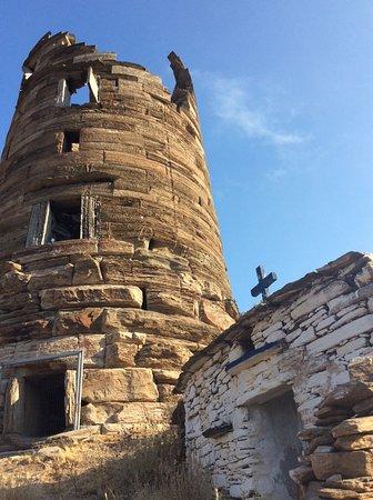 Δήμος Άνδρου: Ψήφισμα για τη διάσωση του Πύργου του Αγίου Πέτρου