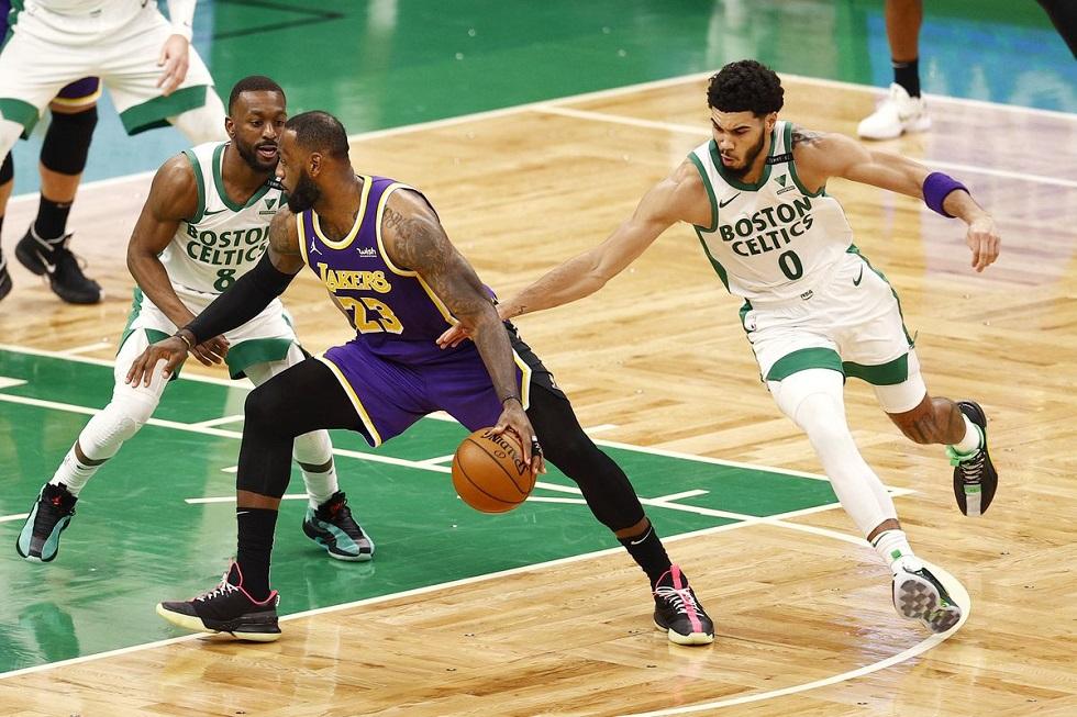 NBA: Νίκησαν μέσα στη Βοστώνη οι Λέικερς – Εύκολη επικράτηση των Ουόριορς