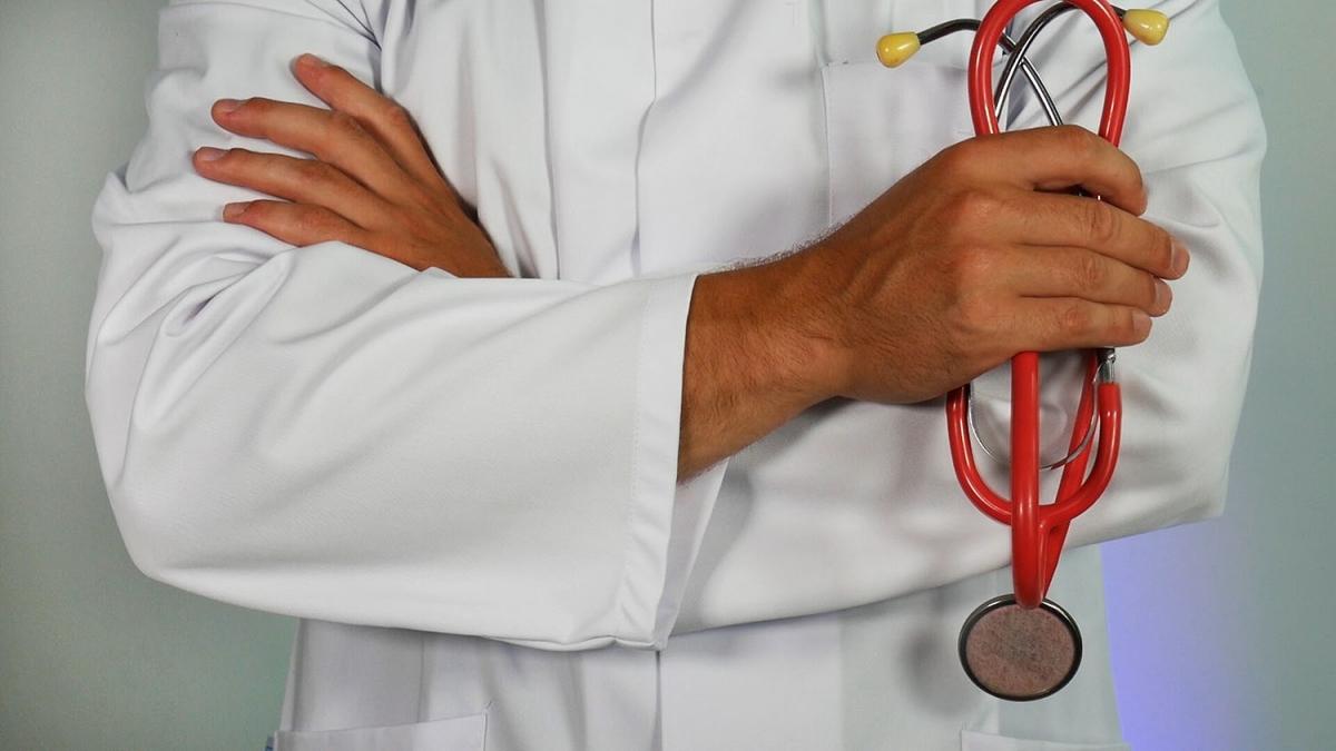 Προκήρυξη θέσεων επικουρικών ιατρών στο Κέντρο Υγείας Αμοργού
