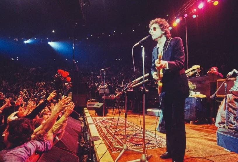 Μπομπ Ντίλαν: Στο ΥouTube συναυλία του από το 2002
