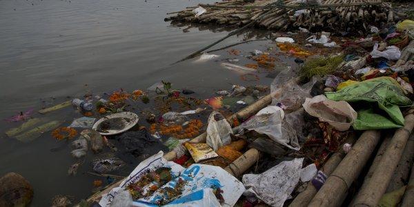 Ατμοσφαιρική ρύπναση: Μικροΐνες από τα ρούχα μας έχουν φτάσει έως τον Αρκτικό Ωκεανό