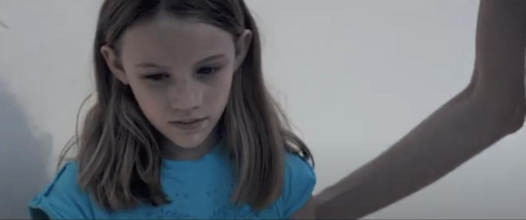 Να με προσέχεις: Online η ταινία της Hope for Children για τη σεξουαλική κακοποίηση παιδιών