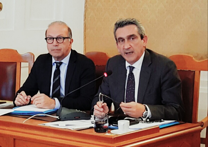 Πρόταση του Περιφερειάρχη για θεσμοθέτηση  Ειδικών Επιτροπών Επικινδύνως Ετοιμόρροπων σε Σύρο και Ρόδο