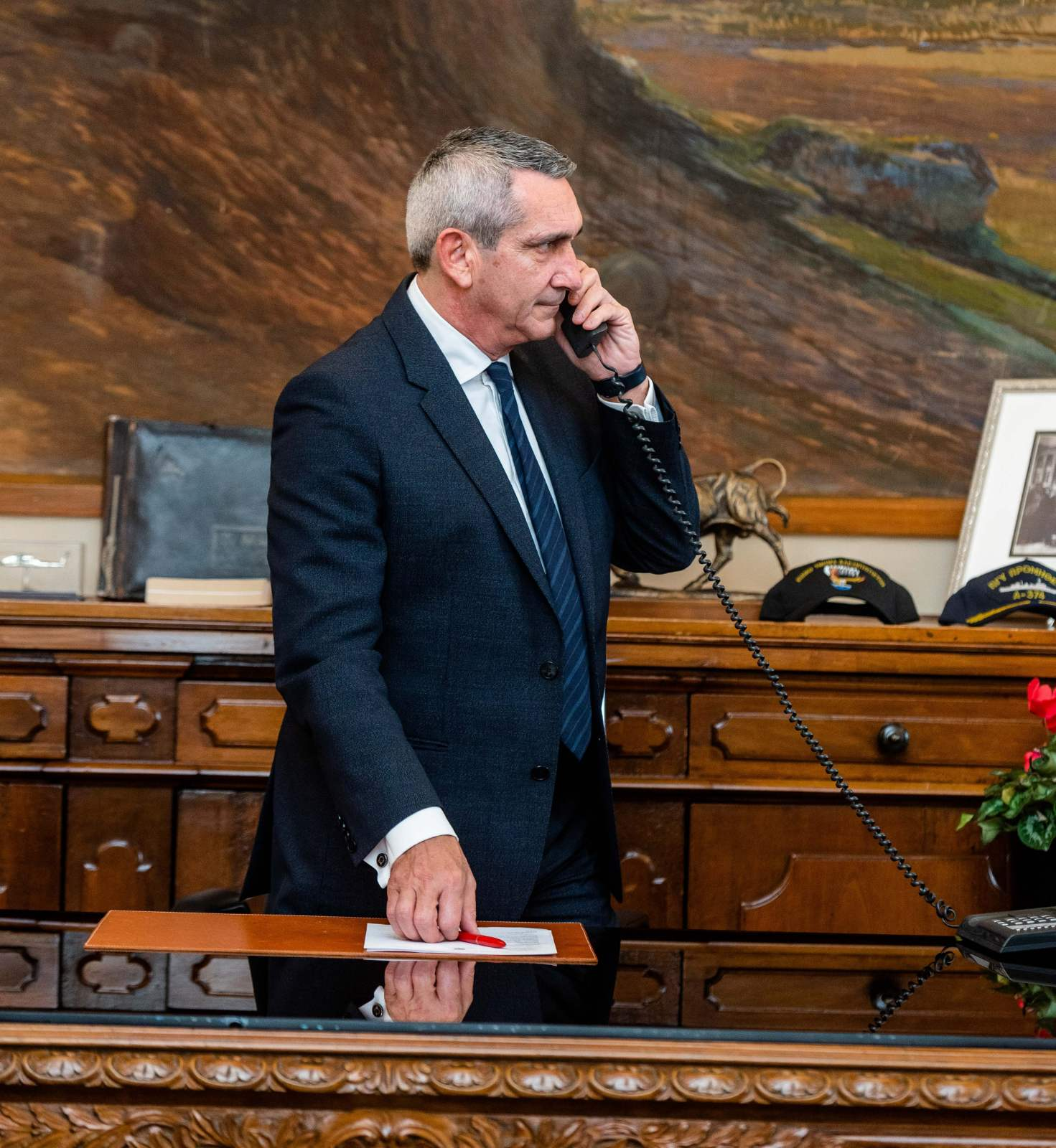 Δεκτή η πρόταση του Περιφερειάρχη για τη σύσταση τριών Ειδικών Επιτροπών Επικινδύνως Ετοιμόρροπων σε Σύρο, Ρόδο και Μυτιλήνη